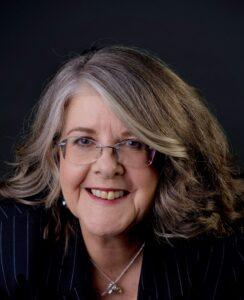Lynnaire Johnston, LinkedIn expert